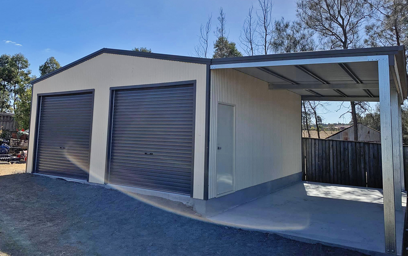Double-garage-with-lean-to-002